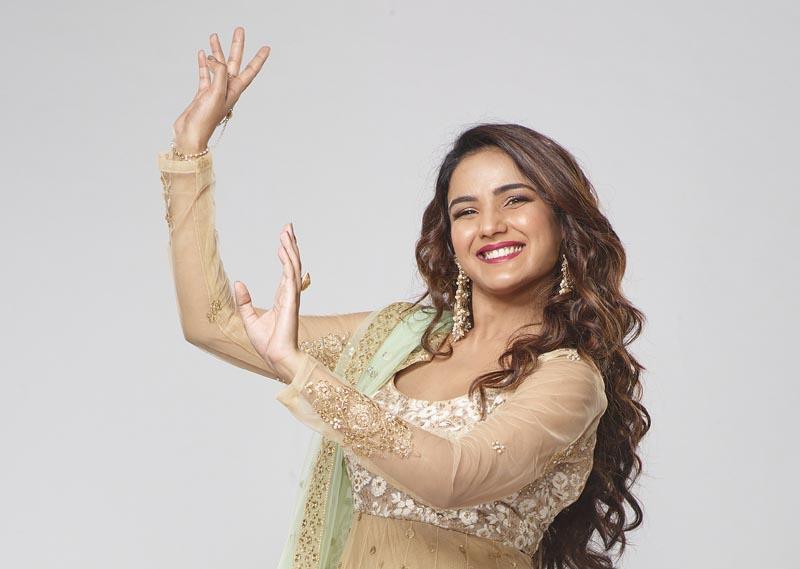 Jasmin Bhasin as Happy