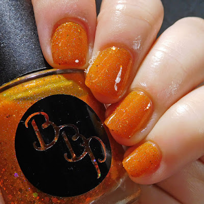 mamaheartspolish-bbp-citrine-shimmer-swatch-led-lights