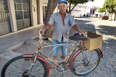 Longevidade: Aos 83 anos, seu Nelson ainda vai pra roça de bicicleta, parceira de 53 anos