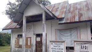 Masih Jam Kerja, Kantor Desa Ini Malah Tutup dan Digembok
