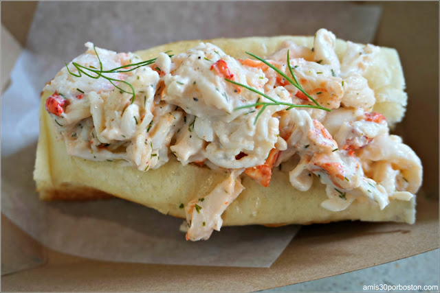 Lobster Roll en un Restaurante de Boston