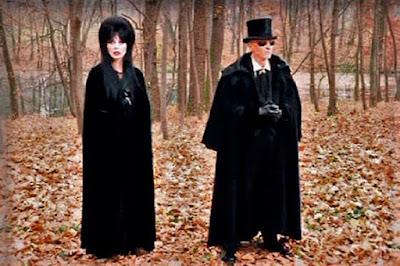 Elviras Haunted Hills 2001 Movie Image 6