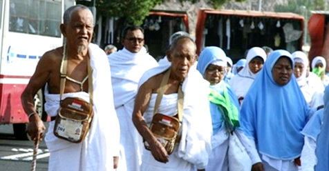 Jamaah Haji Tersesat, Malah Ditipu Dan Dicuri Uangnya
