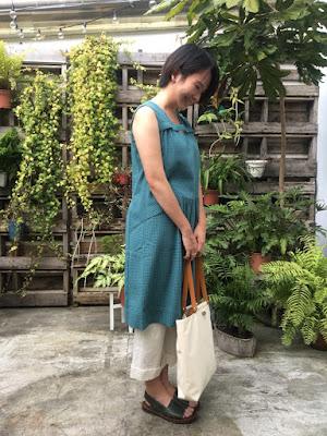 屋頂上的長餐桌背心洋裝-薄荷(綠格)老幫手實穿