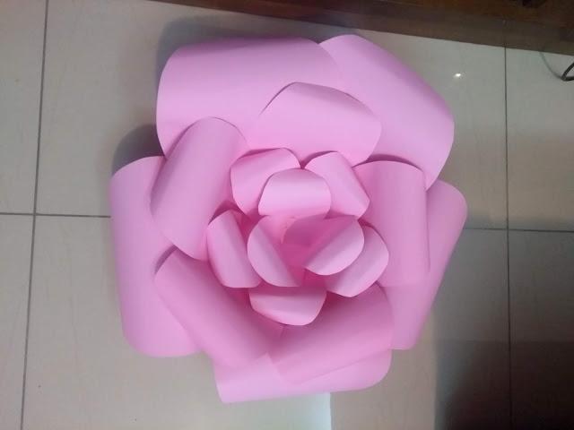 Flor gigante, flor de papel, Minhas 24 Horas, Festinhas, Mamãe Criativa, festa diy unicórnio, tema unicórnio, aniversário de menina,