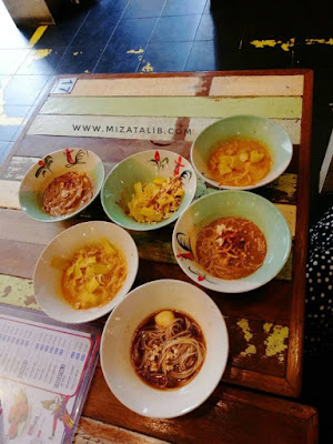 Me Time di Boat Noodle  Dating Di Boat Noodle SamaSamaOng di Boat Noodle boat noodle halal  boat noodle review  boat noodle near me  boat noodle menu dan harga  boat noodle menu rice  boat noodle penang  menu boat noodle kluang mall  cara order boat noodle So, what is your favourite menu from Boat Noodle? ayam legend boat noodle resepi ayam legend boat noodle
