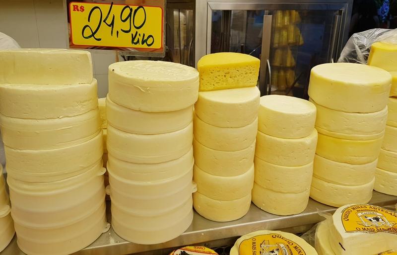Mercado Central de Belo Horizonte: queijos da serra da Canastra