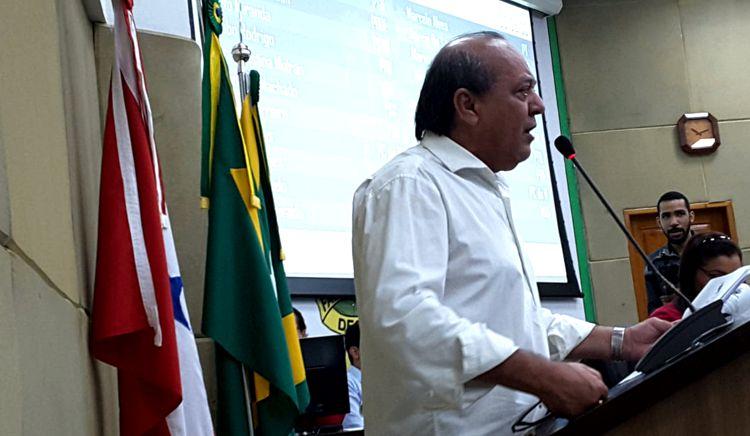 VEREADORES DERRUBAM DECRETO DE TIÃO E AUMENTAM VENCIMENTOS DE SERVIDORES DA SAÚDE – VEJA OS VOTOS..