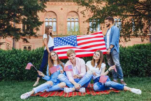 Étudier aux États-Unis: programme de bourses d'études King du Dartmouth College 2021/2022 pour les étudiants des pays en développement