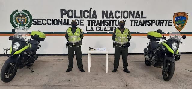 https://www.notasrosas.com/Seccional de Tránsito y Transportes de la Policía Guajira, realizó varias capturas en vías de la península