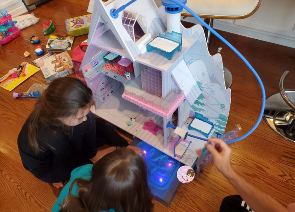 Size of L.O.L. Dolls House 2019 Winter Disco Chalet