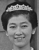 pearl diamond tiara japan princess yuriko mikasa yasuko
