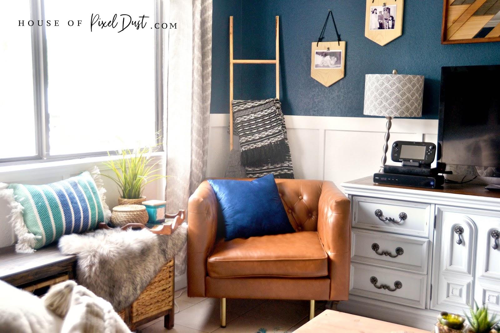 Sophisticated Boho Bachelor Pad (Living Room Decor On A ...