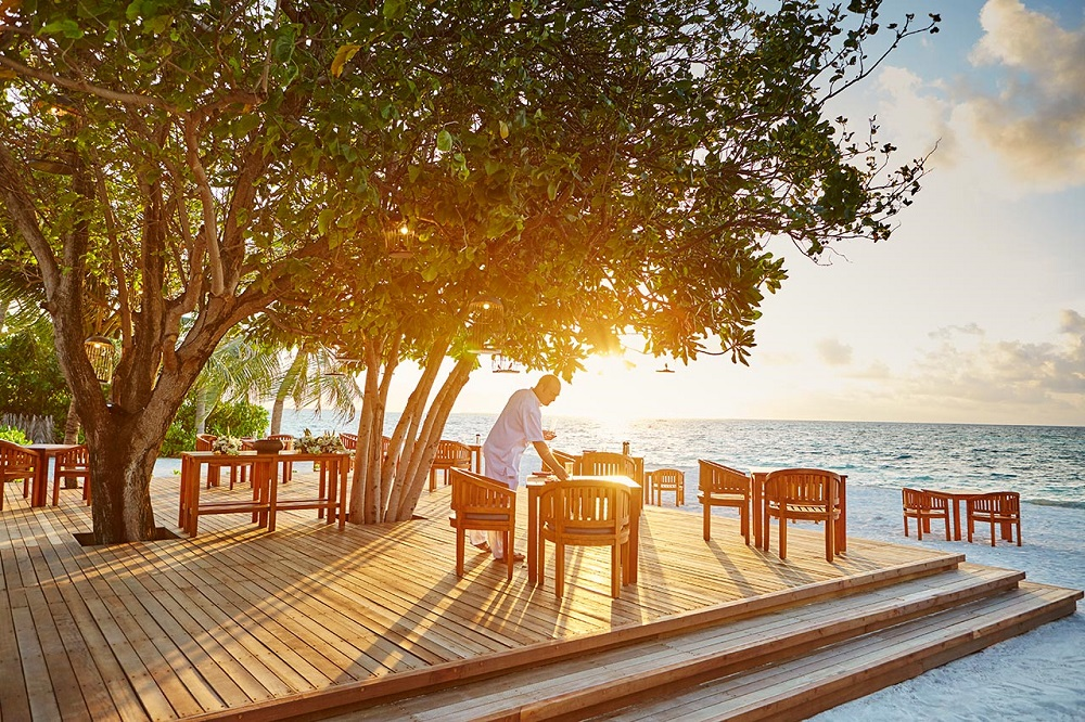 LUX* South Ari Atoll Maldives Beachside dining