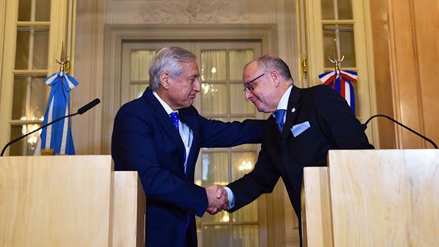 Argentina y Chile firman Tratado de Libre Comercio