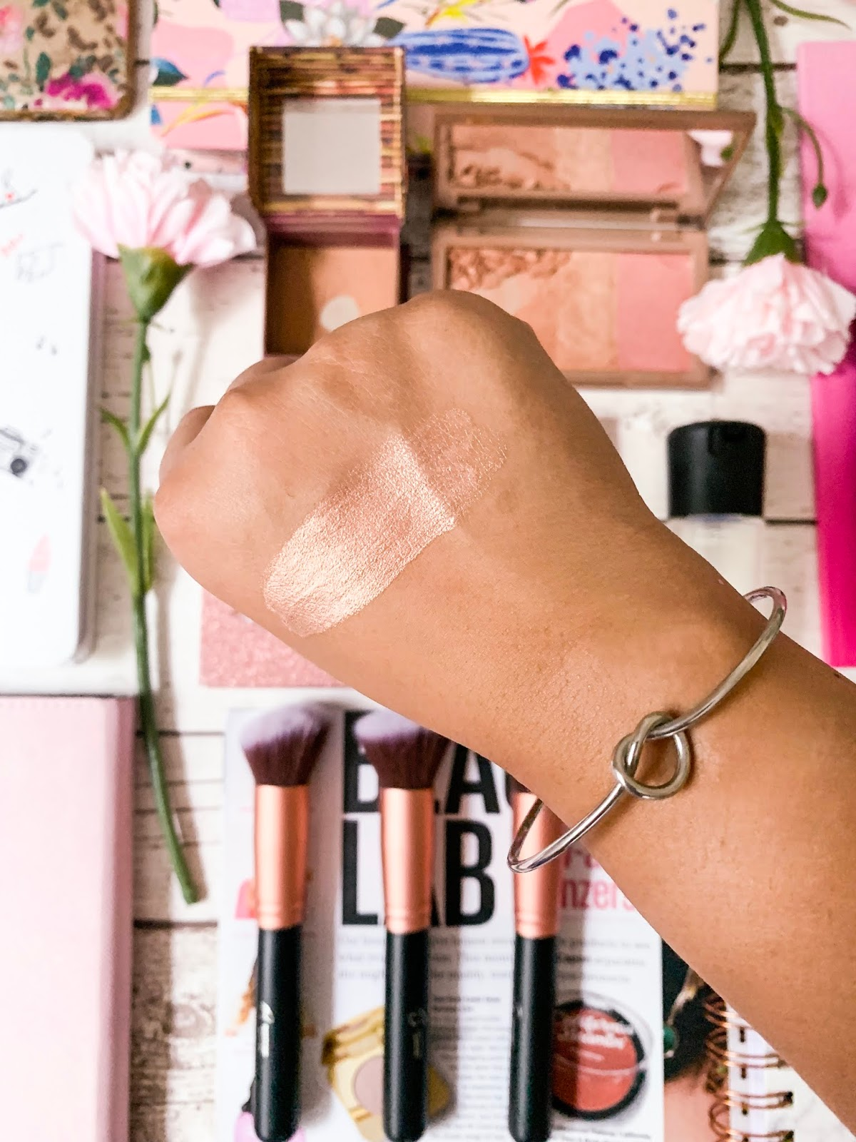 High-End Products Worth The Money Part 2 - Highlighter Swatch