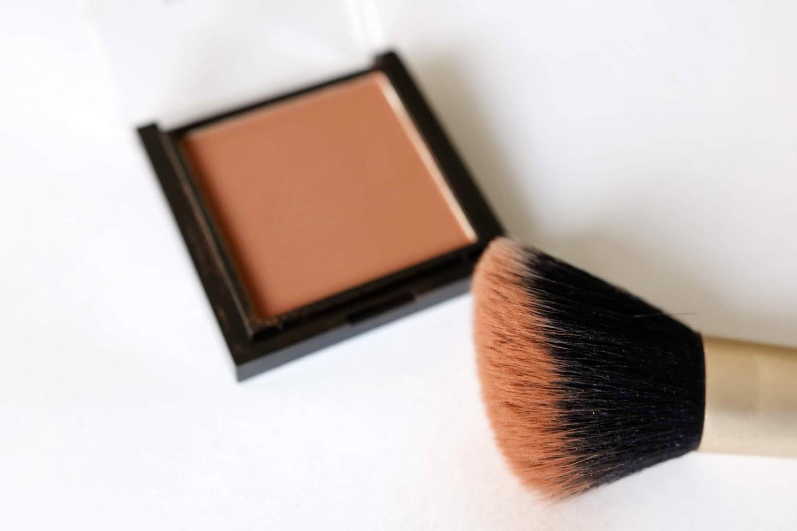 Morphe bronzer contour makeup beauty guru ipsy review brush
