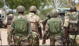 armed soldiers invade Osun police command headquarters