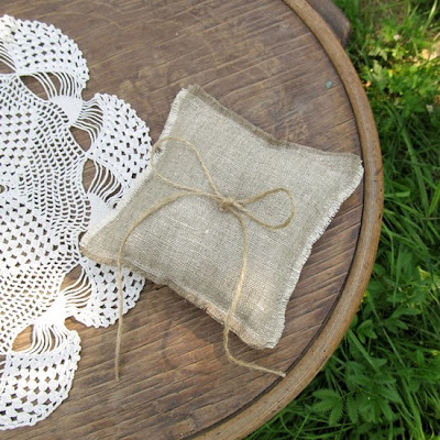 rustic ring pillow, sewing