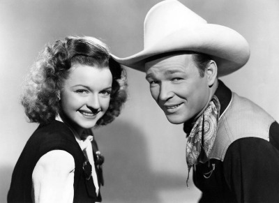 Publicity photo of Roy Rogers and Dale Evans from film Yellow Rose of Texas