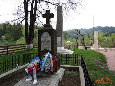 Emil Rebreanu Ghimes Monument