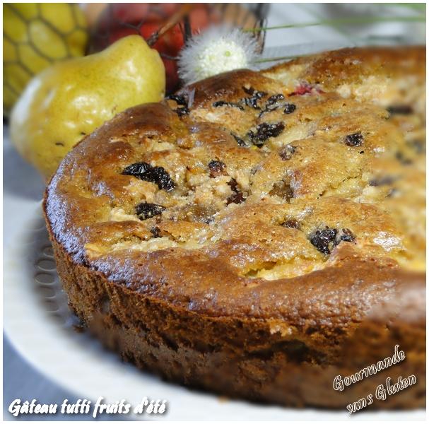 Gâteau tutti fruits aux fruits d'été sans gluten