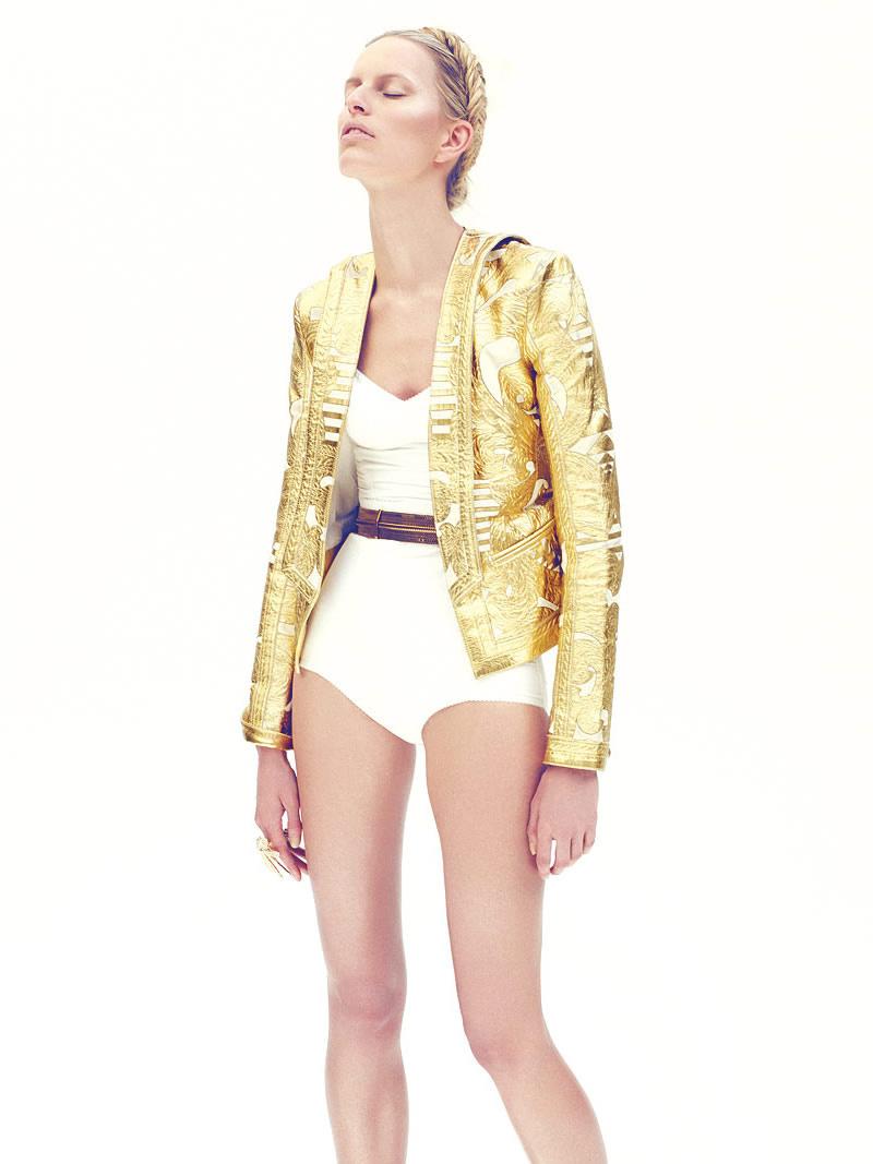 39 Lolas: Karolina Kurkova by Nagi Sakai for Vogue Mexico