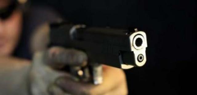 Λήστεψαν 21χρονη με απειλή όπλου
