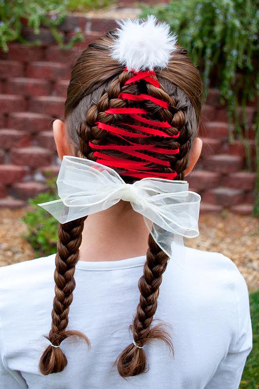 Princess Piggies: Holiday Hairstyles: Santa Hat