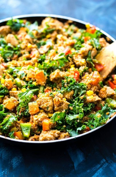 Chipotle Sweet Potato & Quinoa Lunch Bowls
