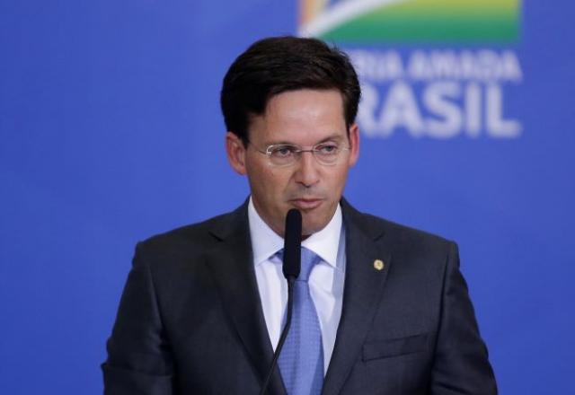 """Bolsa Família """"turbinado"""" deve começar em agosto, diz ministro"""