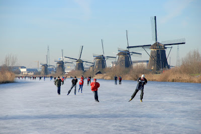 Ber-ice skating Di Desa Kinderdijk