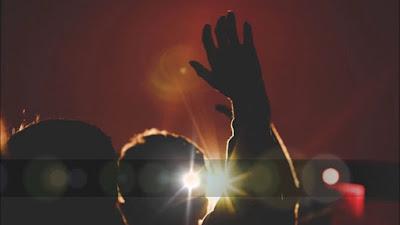 Nathaniel Bassey - Great Jehovah, Great I Am Lyrics & Audio