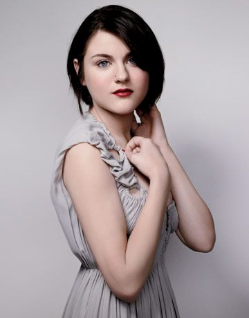 Frances Bean Cobain - Beauty and the Beast 2