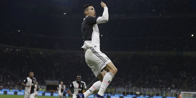 Defeat Messi and 4 Liverpool Stars, Ronaldo becomes the 2019 Player of the Globe Soccer Awards