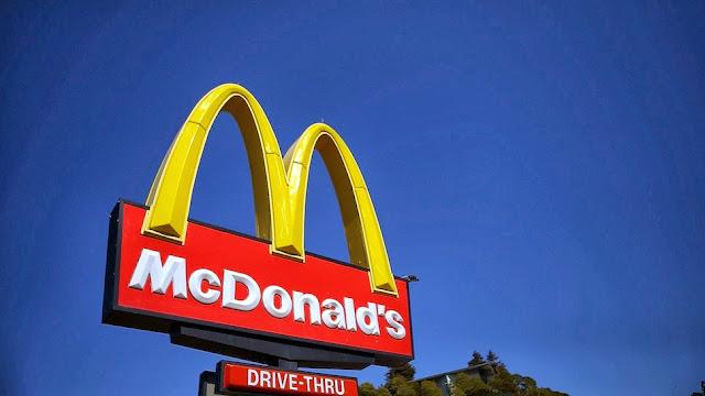 Mcdonalds Breakfast: When Does Mcdonalds Stop Serving ...