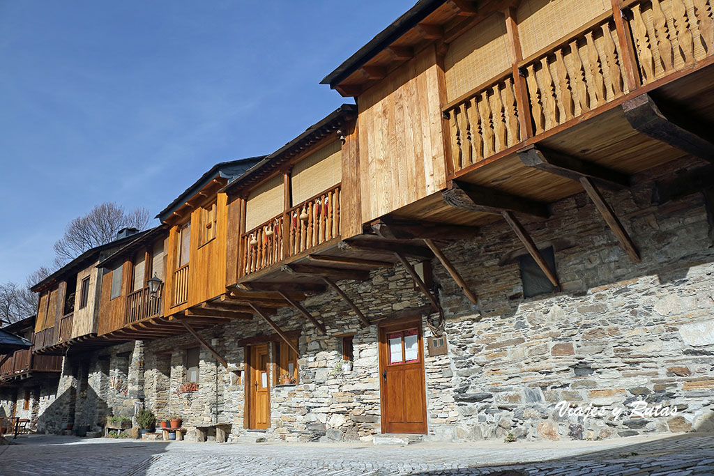 Casas en voladizo de Peñalba de Santiago