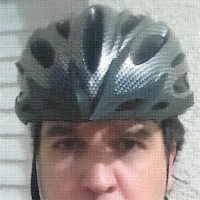 O capacete do ciclista é uma panela de descompressão.