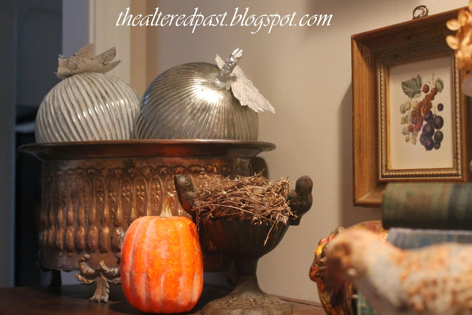 thanksgiving vignette decor