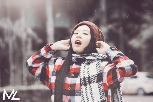 Cô nàng mùa đông khuôn đón giáng sinh