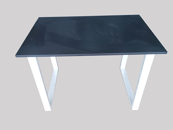 Chân bàn sắt lắp ráp sơn tĩnh điện màu trắng kết hợp mặt bàn gỗ công nghiệp mdf phủ melamine đen phim sn sang trọng