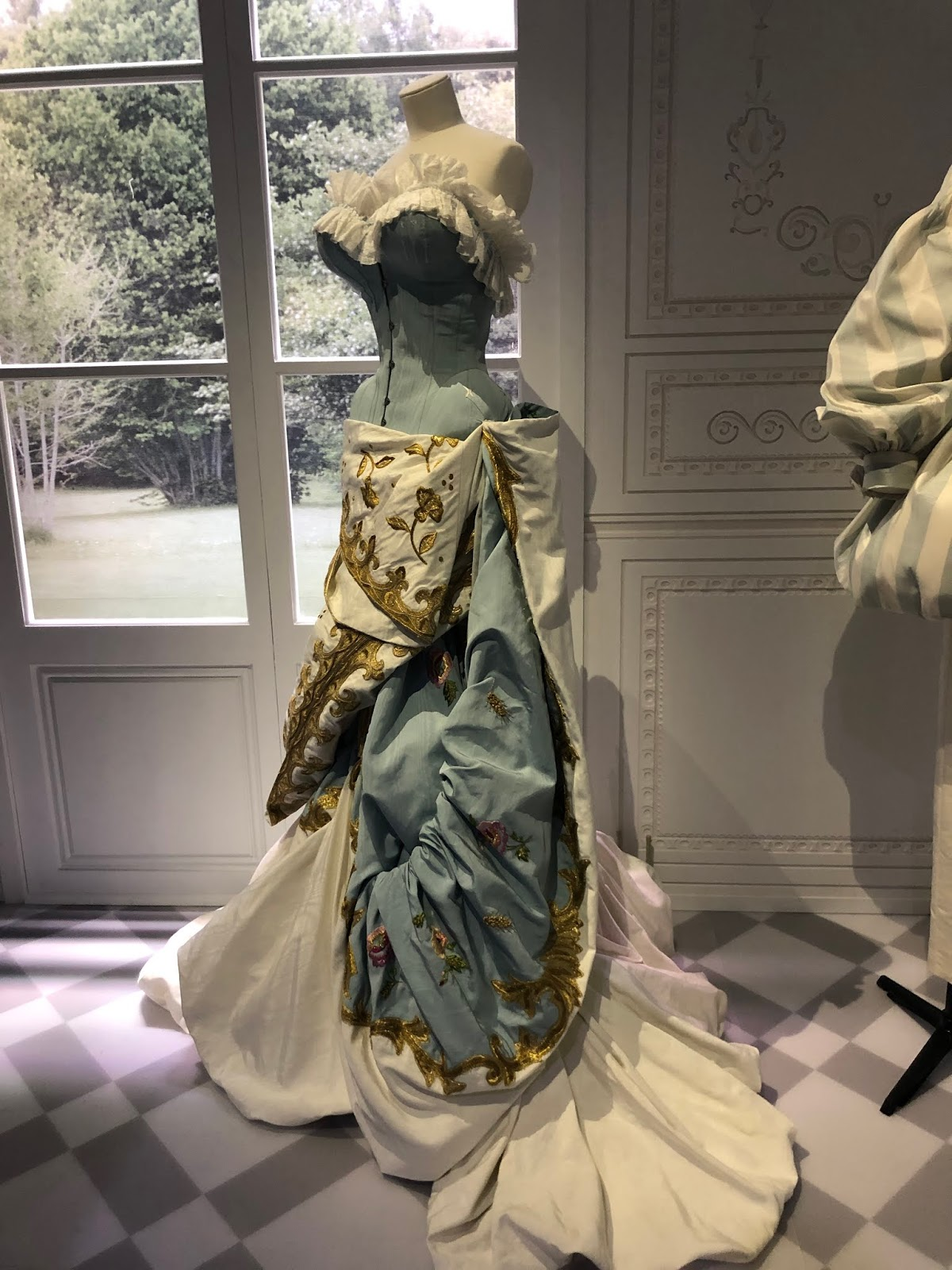 christian dior exhibition v and a period style dress