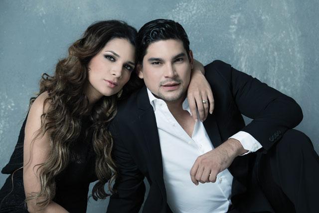 Esposa ecuatoriana infiel en motel caacutemara espiacutea tetotas y culazo - 3 2