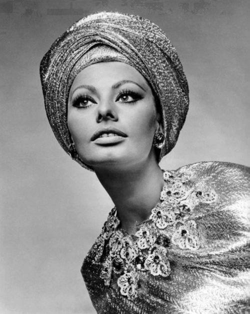 A double whammy of Sophia Loren looking turbantastic in the 1960 s d20423c3d8c