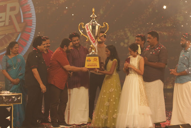 Flowers Top Sinner 2020 winner Seethalakshmi.