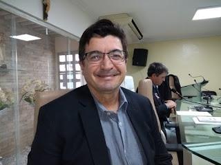 Projeto de Renato prevê cassação de alvará de postos que venderem combustíveis adulterados