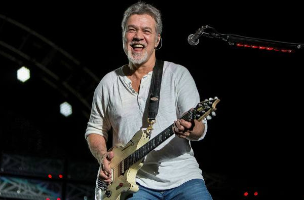 Eddie Van Halen Tutup Usia