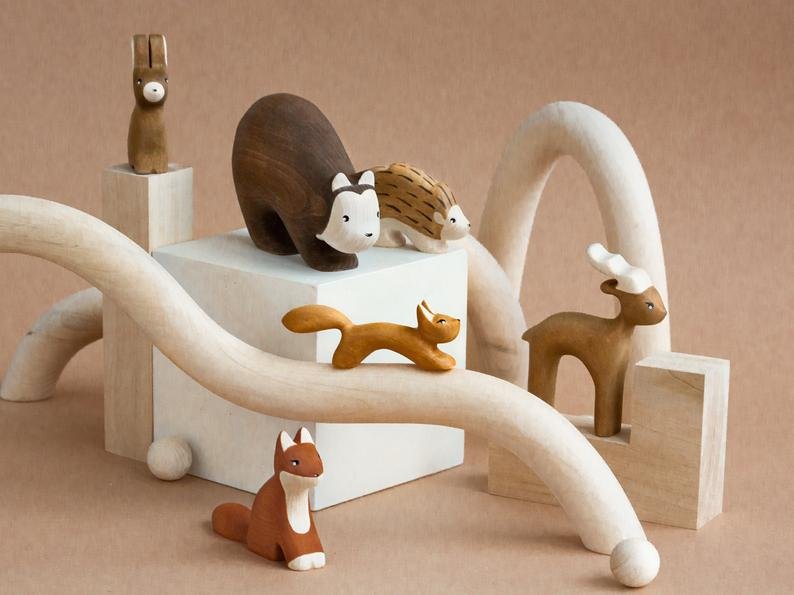 Izvetvey wooden animal toys