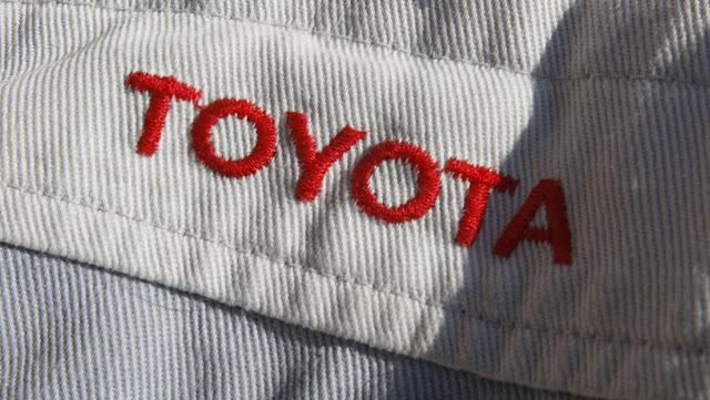 Despiden a dos empleados de Toyota tras filtrarse un video en el que se burlan de la muerte de George Floyd