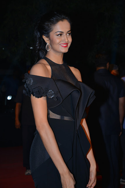 Shubra Aiyappa Latest Stills in GeminiTV Awards 2016
